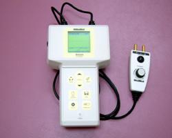 神経伝達検査装置